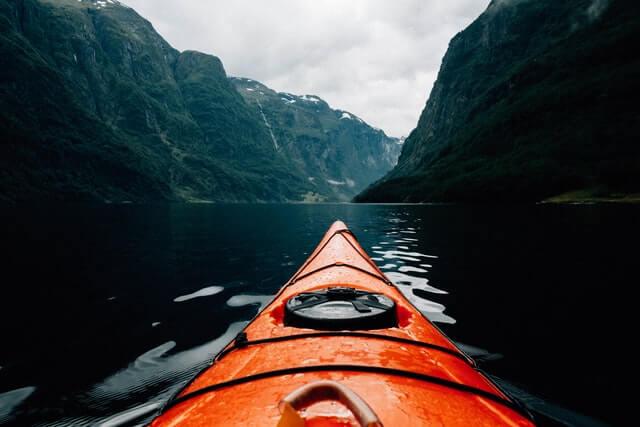kayak-canoe-whitewater
