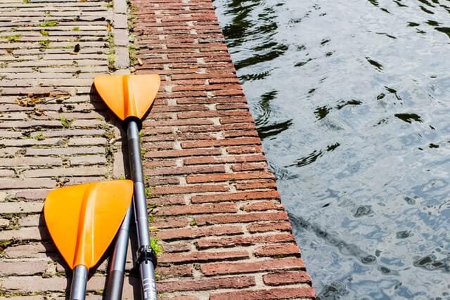 paddles-whitewater